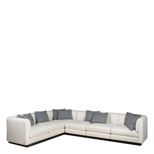 Claro Sectional